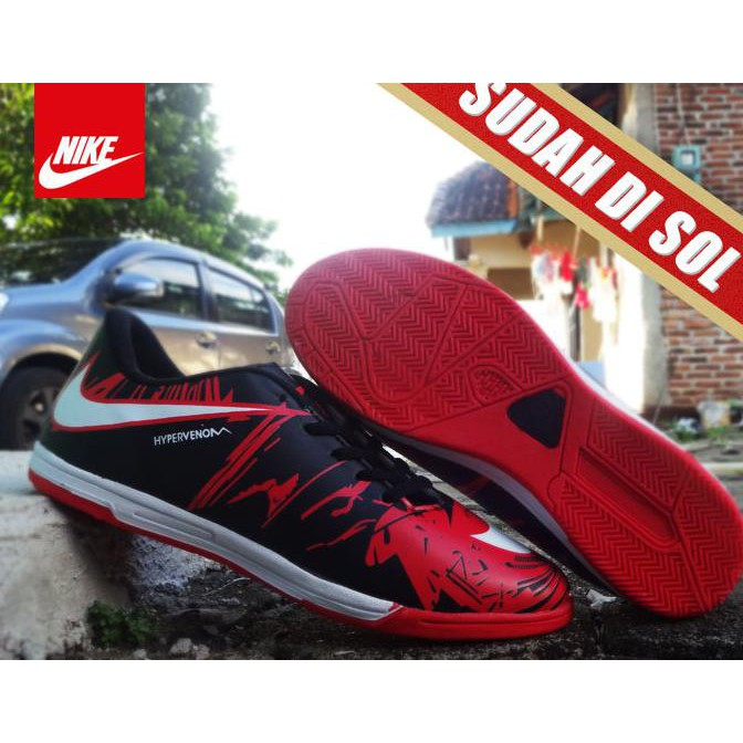 17f2e2486710 Terlaris Sepatu Futsal