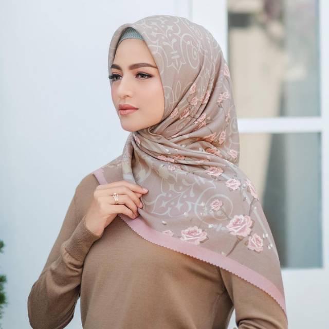 ORIGINAL Jilbab Segiempat Motif Denay adeeva Termurah Terlaris