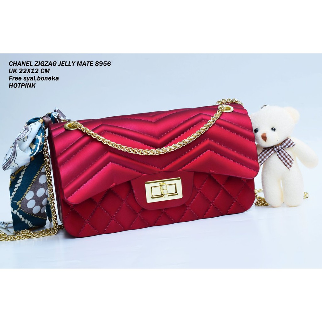 ea366744860 Tas Jelly Matte Chevron V uk 22cm ( gratis syal & boneka ) | Shopee  Indonesia