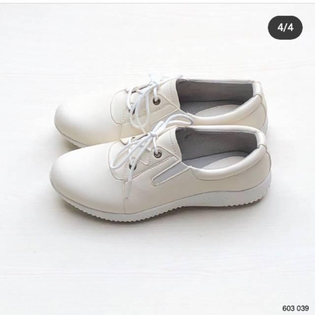 Sepatu Wanita Merk Elizabeth Shopee Indonesia
