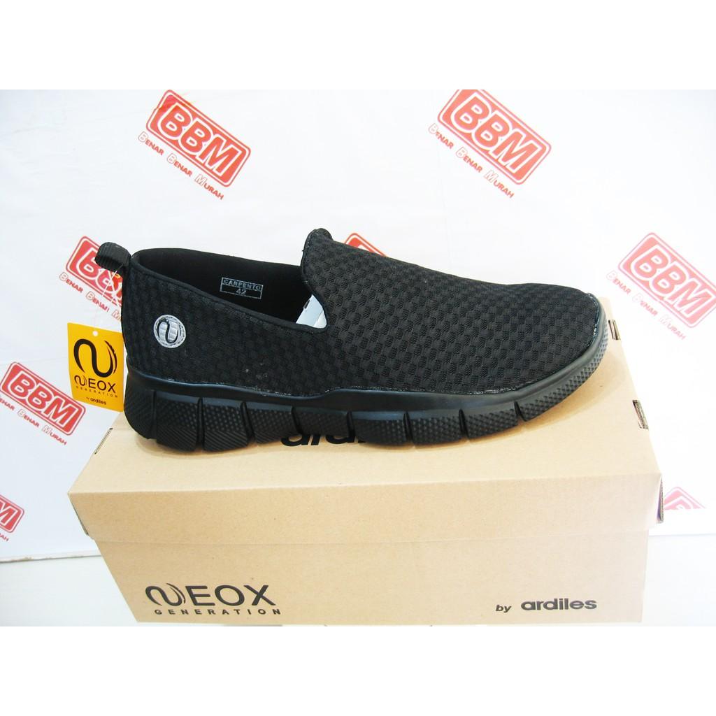 Ardiles Men Soba Sepatu Running Hitam  4c4579140d