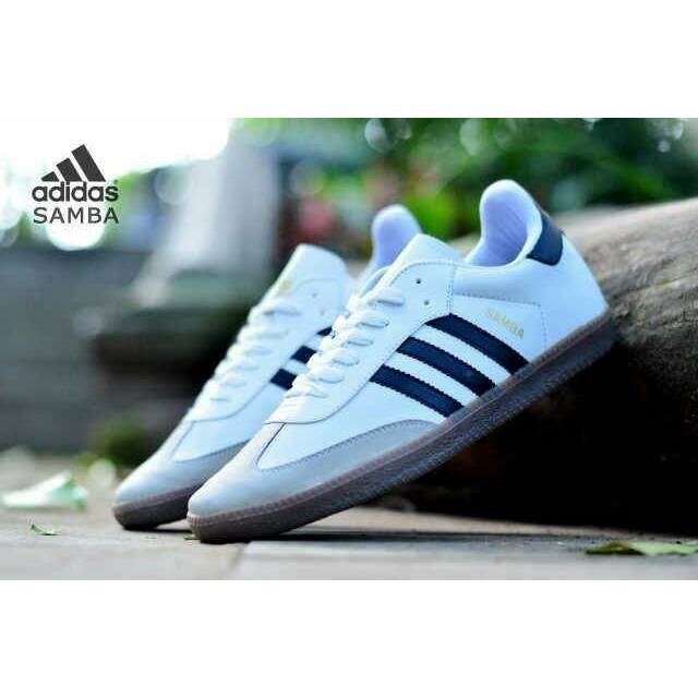 Sepatu Sekolah Converse All Star Classic Low Pendek Unisex Grade Ori Vietnam  Sneakers Warior Murah  de28bd46f0