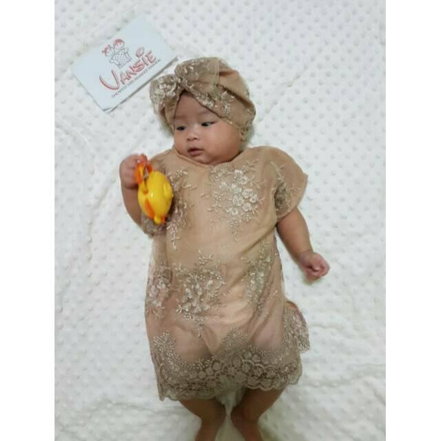 Baju Bayi Perempuan Untuk Acara Aqiqah