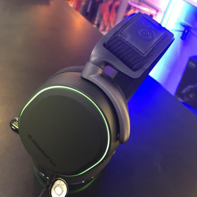 Steelseries Arctis Pro + GameDAC Gaming Headset/henset