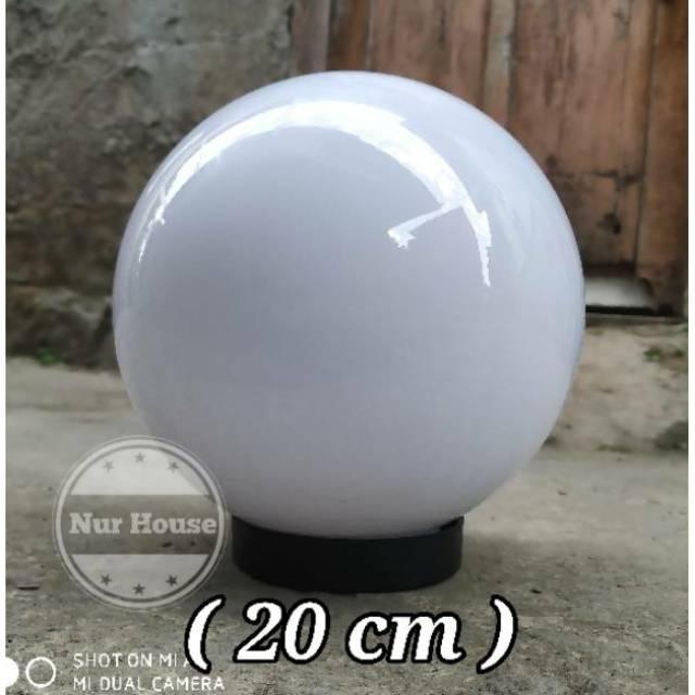 Kap Lampu Taman Outdoor Bulat Putih Meval 8 Inch 20 Cm Shopee Indonesia