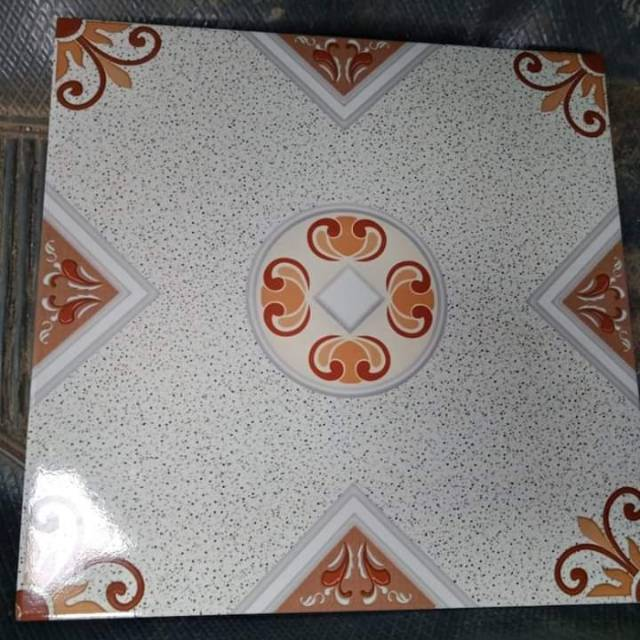 Keramik Lantai Dekoratif Uk 40x40 New Motif Stock Terbatas Shopee Indonesia