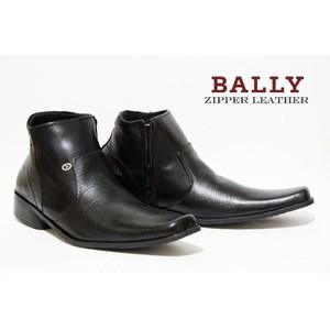 Louis Visto sepatu pria formal kulit asli model LV 206 Black . Source · PLAYBOY Inggris. Source · Kulit Asli Model KR 035 Tan .