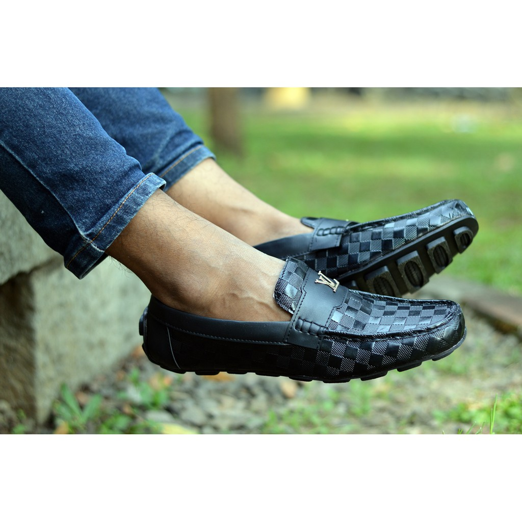 Dr Kevin Soft Comfortable Men Slip On 9309 3 Color Navyblue Abu 41 Grey Black Shopee Indonesia