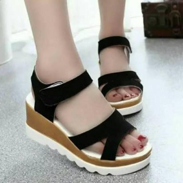 Isabel ANNISA Sepatu Kets Casual Wanita Boots Wedges Hitam Putih   Shopee Indonesia