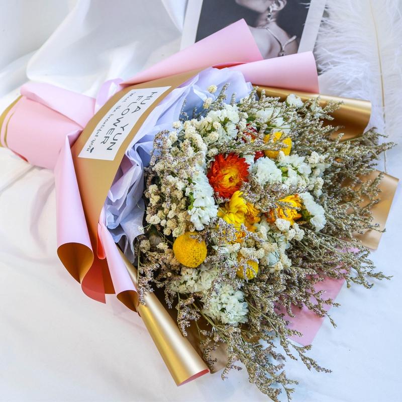 Foto Wisuda Berbintang Bunga Kering Kotak Hadiah Buket Bunga Matahari Kapuk Abadi Pacar Bunga Girlfr Shopee Indonesia