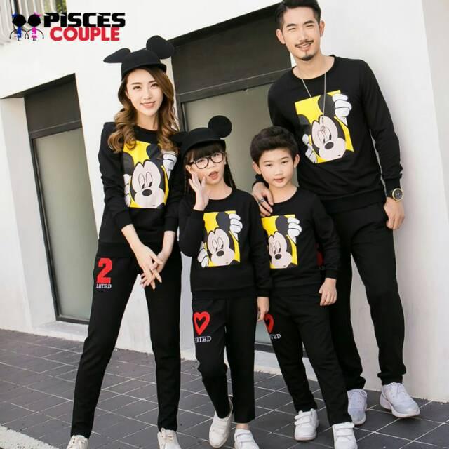 SWEATER COUPLE FAMILY MICKEY KOMBINASI MERAH PUTIH / BAJU KELUARGA   Shopee Indonesia