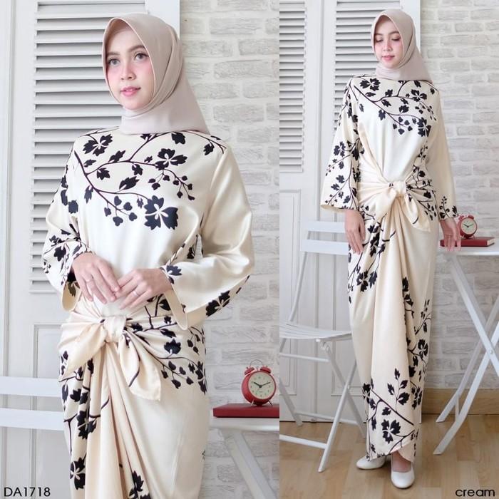 Jika Anda membeli Gamis Ikat Maxma Fit To Xl Baju Wanita Realpict Dress Muslim Terbaru – Hitam, Xl J7549 sekarang Anda akan menghemat %, Karena Harga Normal ...