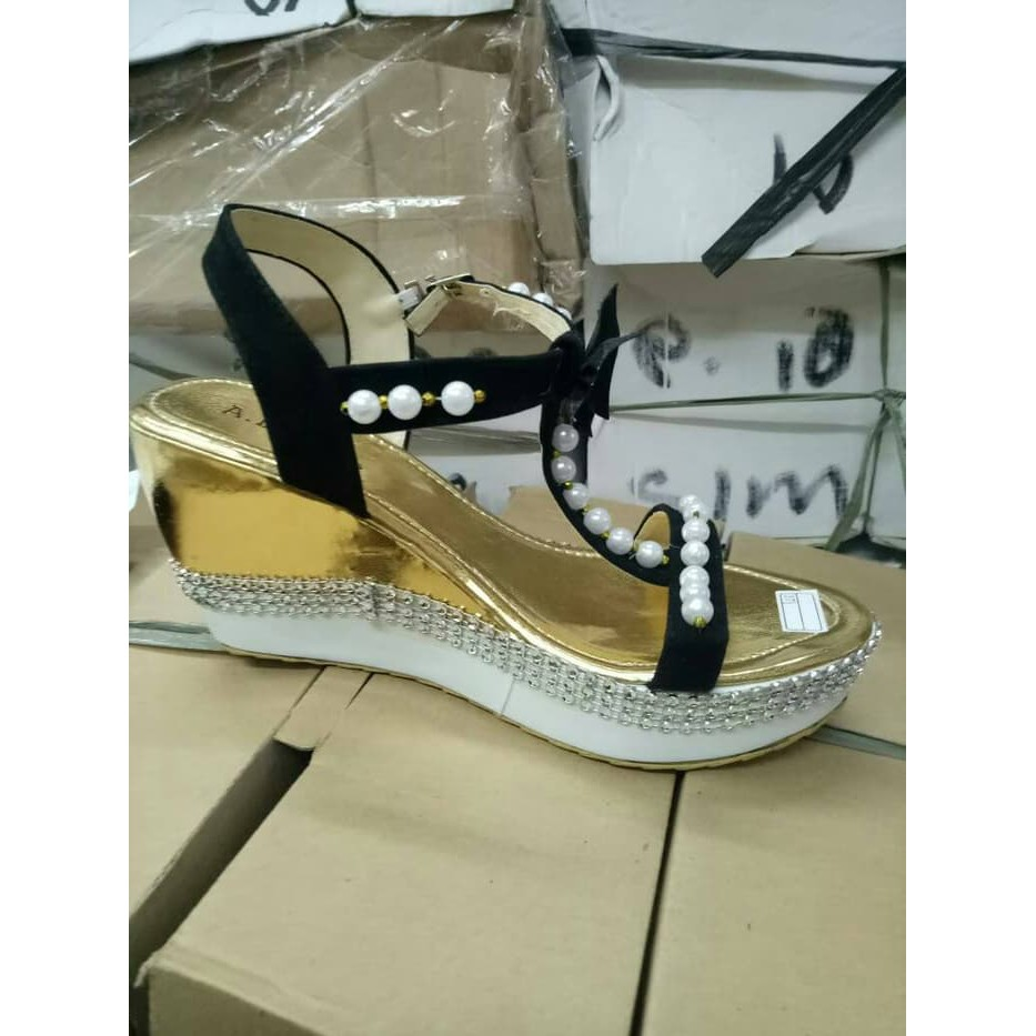 sepatu preloved - Temukan Harga dan Penawaran Wedges Online Terbaik - Sepatu  Wanita Maret 2019  4f42a2d5c3