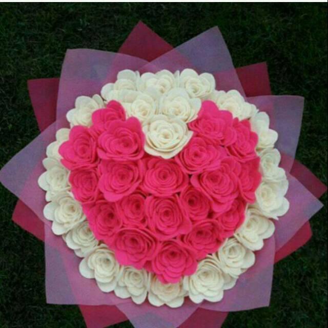 Buket Bunga Flanel Love Murah Hadiah Kado Wisuda Graduation Pacar Ulang Tahun Valentine Shopee Indonesia