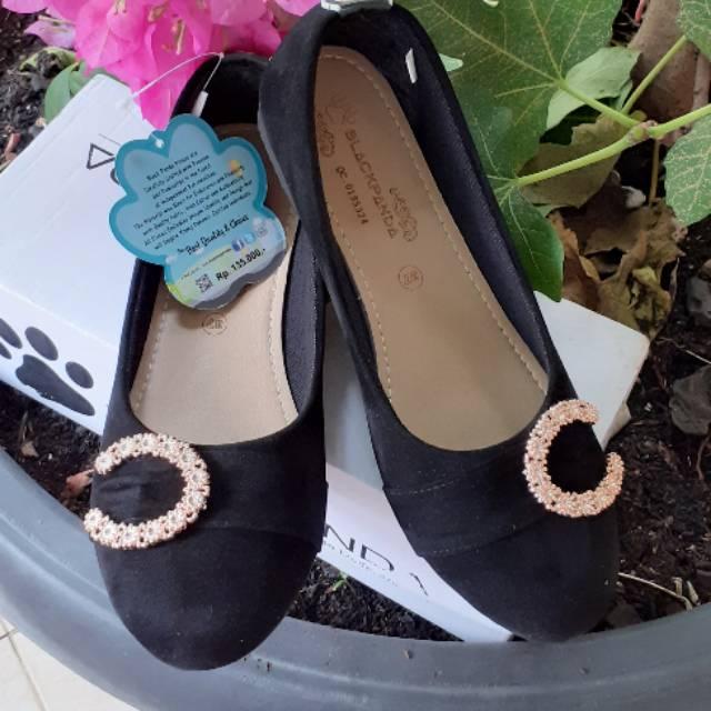 Flatshoes Black Panda Sepatu Wanita Fashion Wanita Trend Terbaru