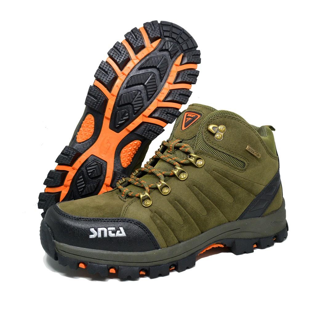 Sepatu Hiking Outdoor Model Pendek SNTA 432 9bd2933fff