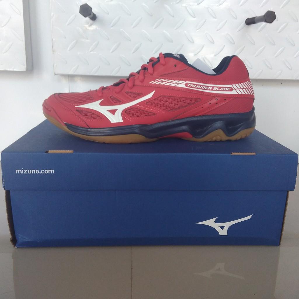 Sepatu Volly Voli Mizuno Original Thunder Blade V1Ga177054 Putih Hitam Steel  Gray  856f6d70c0
