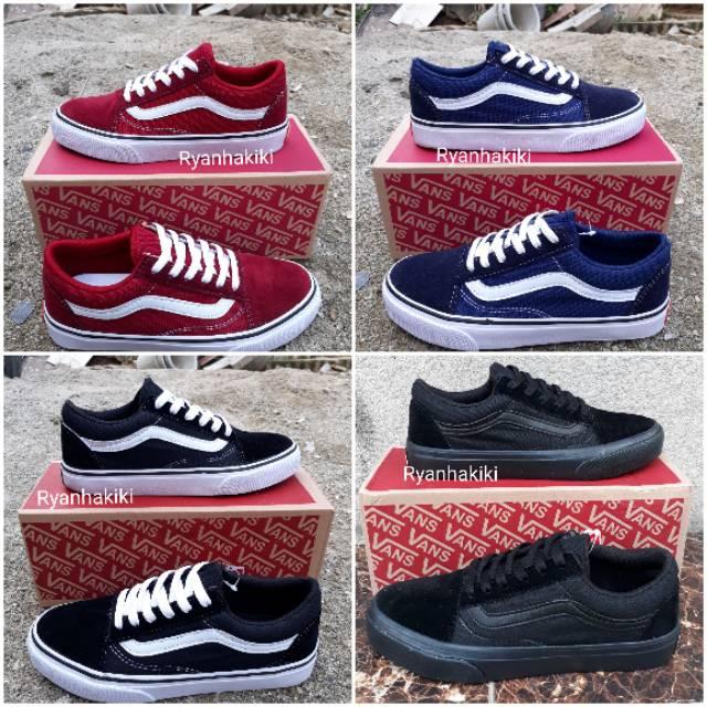 e840880fd9 Sepatu Sneakers Vans Old Skool Model Korea untuk Pria