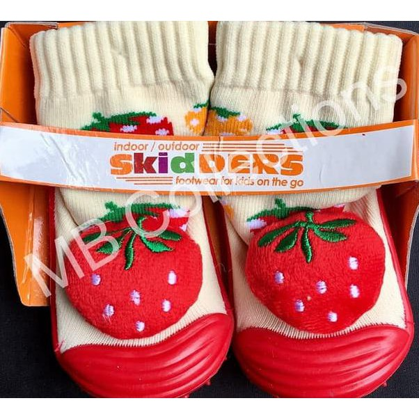 Best Seller Skidder Sepatu Baby Motif Boneka Strawberry 02 Uk 21 .. | Shopee Indonesia