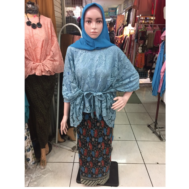 Atasan Brokat Kelelawar Ada Tali Biru Langit Tanpa Rok Dan Jilbab Shopee Indonesia