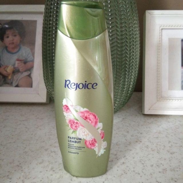 Shampoo rejoice 150 ml & 340 ml-Parfum lembut