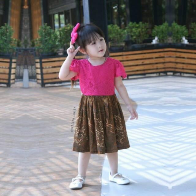 Foto Baju Batik Anak Modern Ethnickidswear Baju Anak Baju Batik Anak Dress Anak Lace Dress