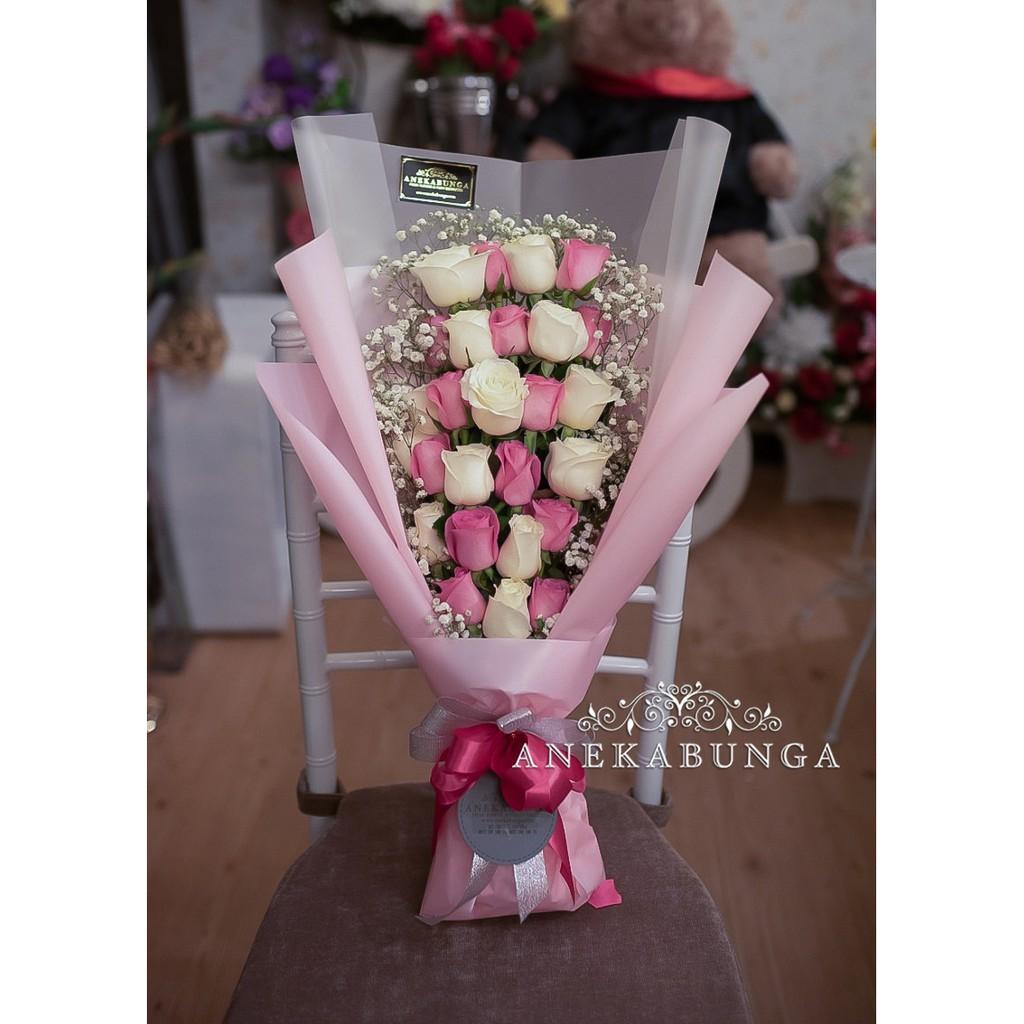 Buket Bunga Mawar Asli Fresh Rose Hand Bouquet Flower Ulang Tahun Birthday Bucket Graduation Wisuda Shopee Indonesia