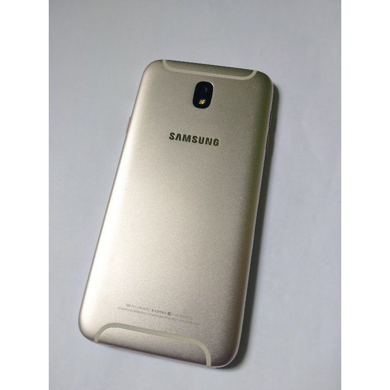 Handphone Samsung Galaxy J7 Pro ram 3/32gb, bekas, minus lcd retak/pecah / mesin samsung J7 pro