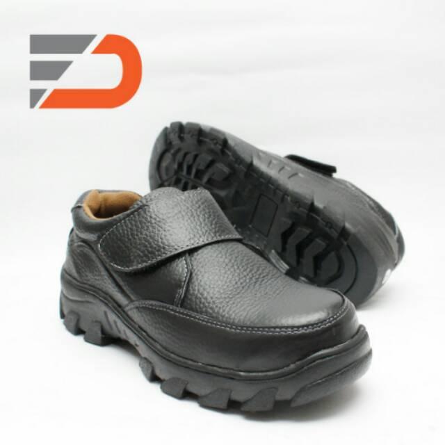 Fdcollection Sepatu safety pendek kerja bahan kulit sapi asli slip ... 9ce984de44