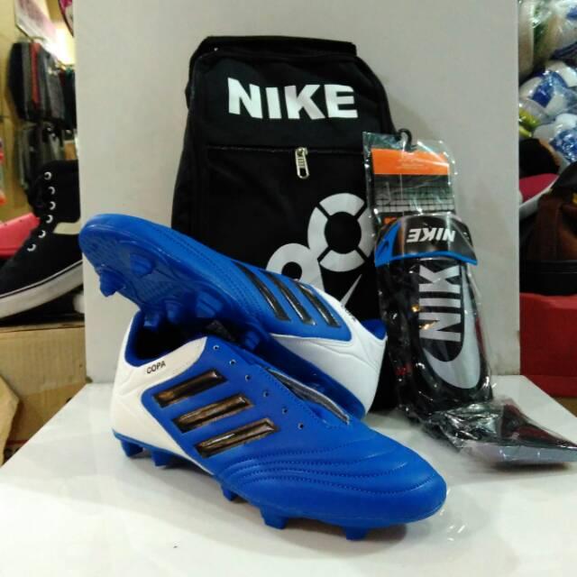 ad41f9980 Sepatu Bola Adidas X 18 Gride Ori Bola adidas X 18 Komponen ori ...