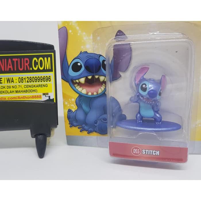 "Disney Metals 2.5/"" Metal Figs Lilo /& Stitch Hula Stitch New Boxed Figure"