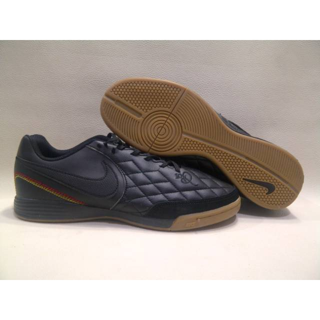 en caso Estricto salón  Sepatu Futsal Nike Tiempo X Legend VII R10 Black IC | Shopee Indonesia