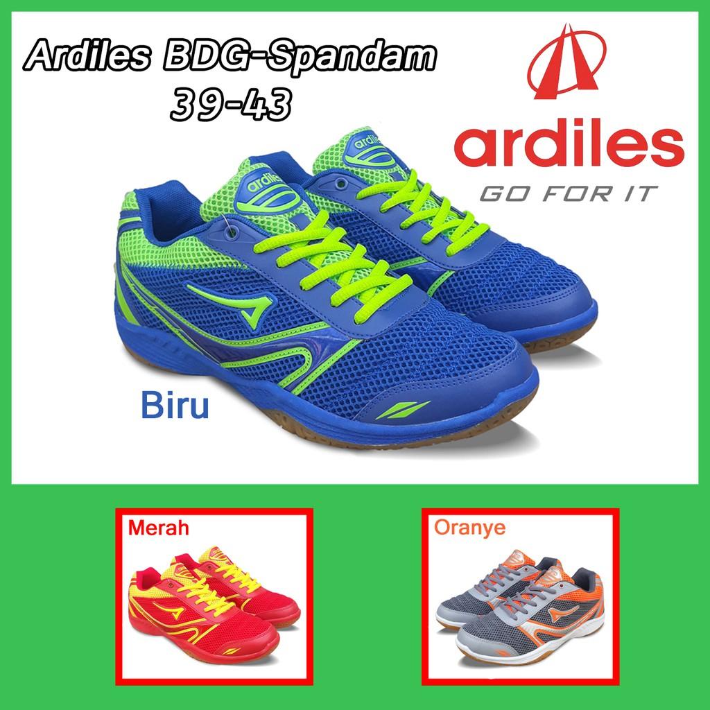 Amelia Olshop Sepatu Sneakers Bosmuda Bm 704 39 43 Sepatu Bosmuda ... a95f7c31ee