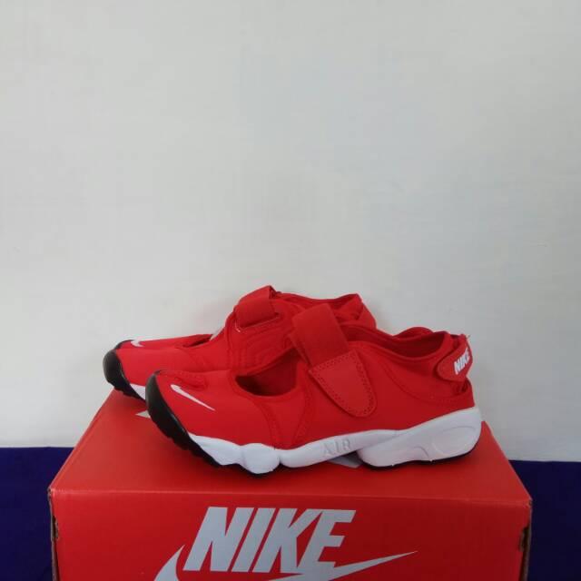 Cambiarse de ropa Enriquecimiento microondas  Sepatu Nike Air Rift Red Premium Quality | Shopee Indonesia