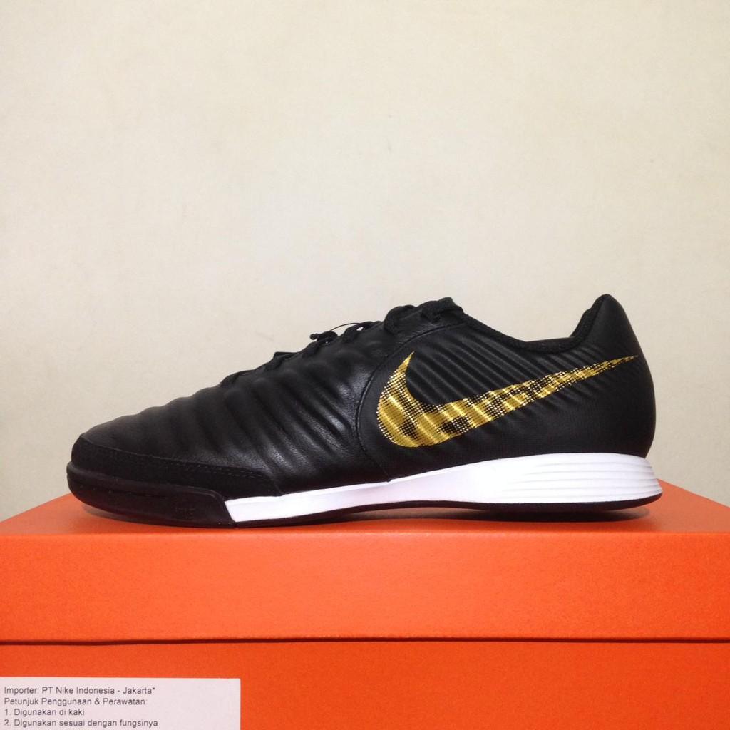 Sepatu Futsal Nike Legend 7 Academy IC Black Gold AH7244-077 Original BNIB   b9ee9880e2