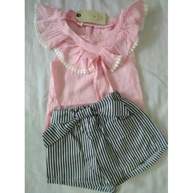 model baju untuk anak perempuan umur 1 tahun