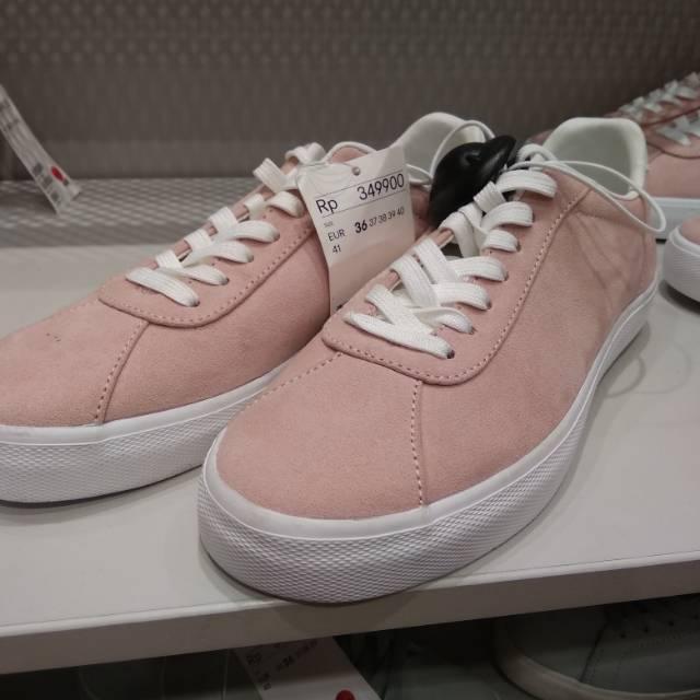 Harga Sneakers H M Terbaik Sneakers Sepatu Wanita Juli 2020
