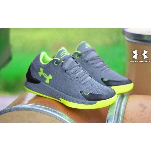 sepatu under-armour - Temukan Harga dan Penawaran Sneakers Online Terbaik - Sepatu  Pria Februari 2019  0512314d2b