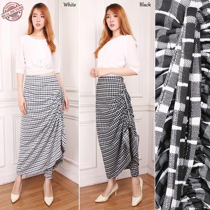 Celana Kulot Rok Panjang Batik Wanita Jumbo Long Pant Melani Source · Cj collection Celana batik. Source · rok+celana+batik+&+kebaya+atasan+batik - Temukan ...