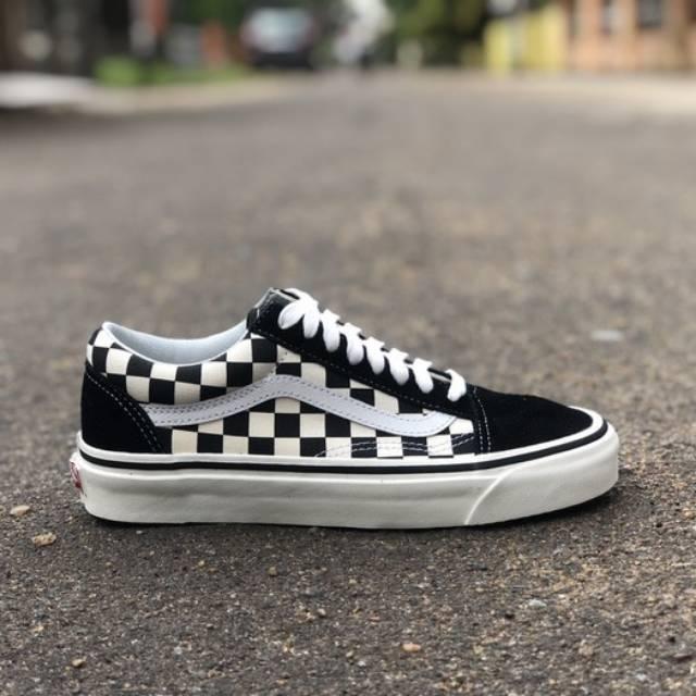 478969c51e9 Vans Old Skool 36 DX (Anaheim Factory) Black Checkerboard
