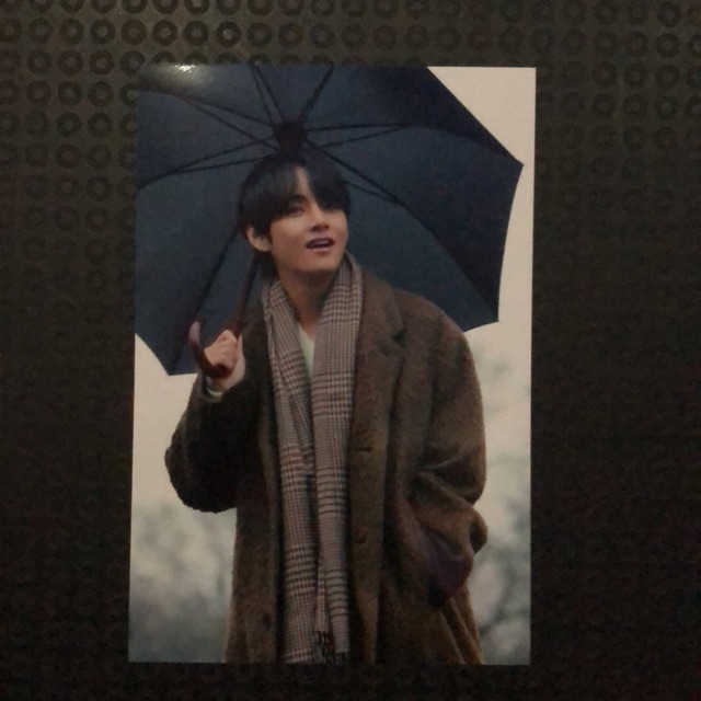 Photo Member Taehyung V Bts Winter Package Shopee Indonesia