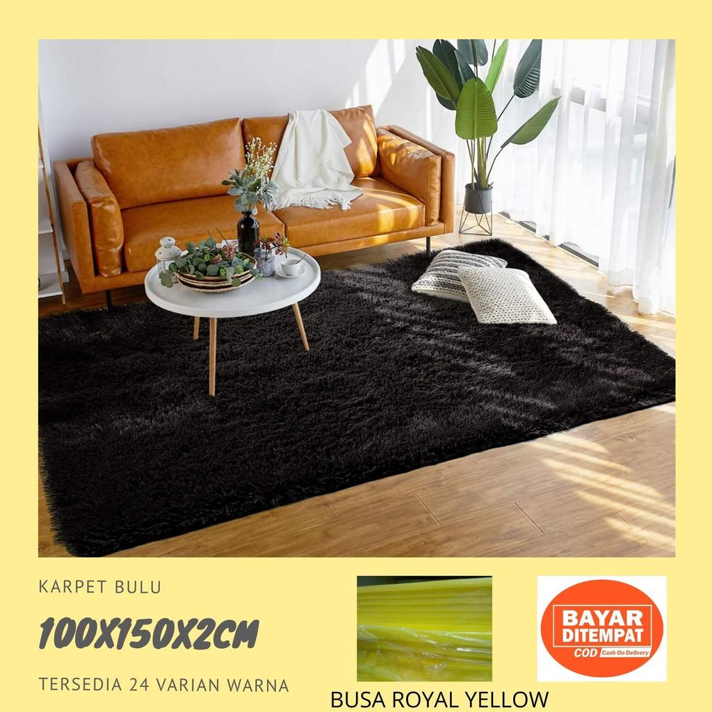 Desain Karpet Bulu Hitam