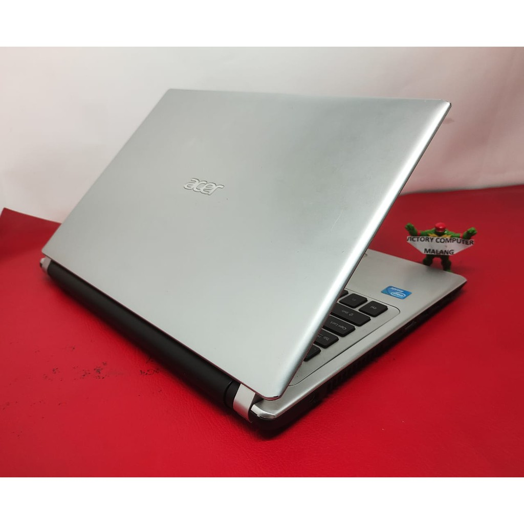 Laptop Bekas ACER V5 slim RAM 4Gb 2-jutaan di Malang