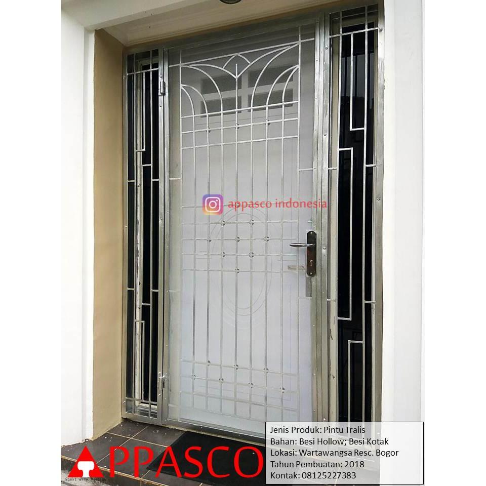Pintu Teralis Kerangkeng Besi Hollow Dan Besi Kotak Di Wartawangsa