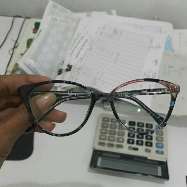 Sekantor pada pake kacamata antiradiasi dari seller ini. Packing nya  mantap 7563e67882