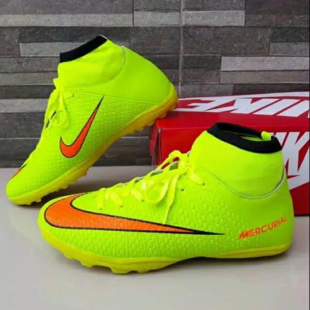 Harga Sepatu Futsal Nike Terbaik Juli 2020 Shopee Indonesia