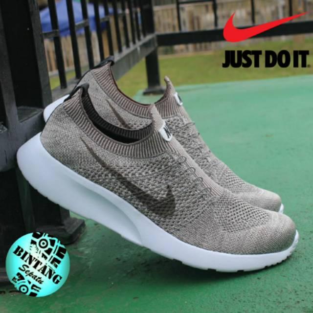 Sepatu Kets Sport Pria Import Nike Flyknit Model Slop Tanpa Tali