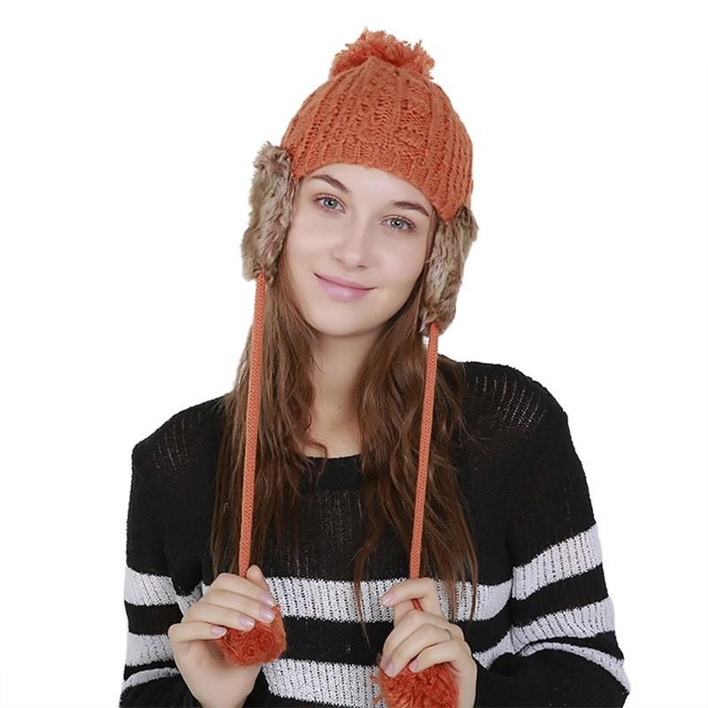 2018 Musim Dingin Wol Beanies Wanita Bulu Pom Pom Fashion Crochet Rajutan Topi  Wanita Topi Ku  IE   44f8d35f6c