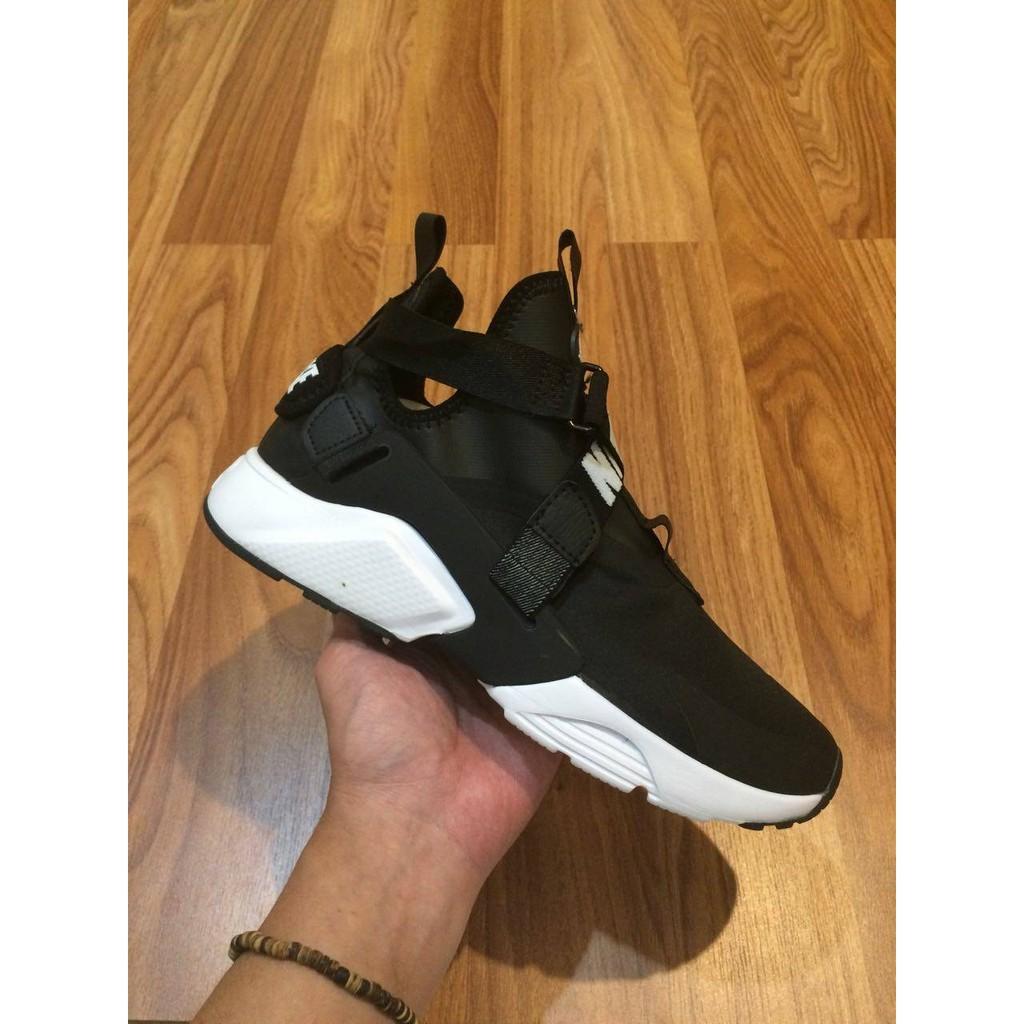 Nike Huarache City Black White