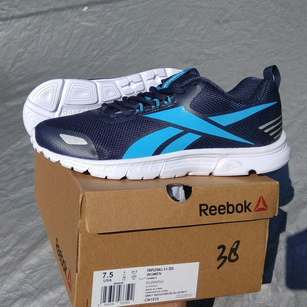 Asli REEBOK Original. TRlPLEHALL Navy. Sepatu Olahraga Running. Wanita.  Senam Gym Fitness. PROMO  11986f4f64